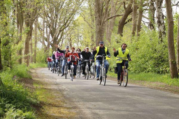 Anradeln im Emsland am 29. April 2018 in Ahmsen – Radgruppe unterwegs zum Anradelfest